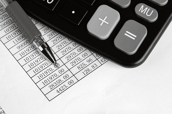 smart-serve-calculator-and-red-pen